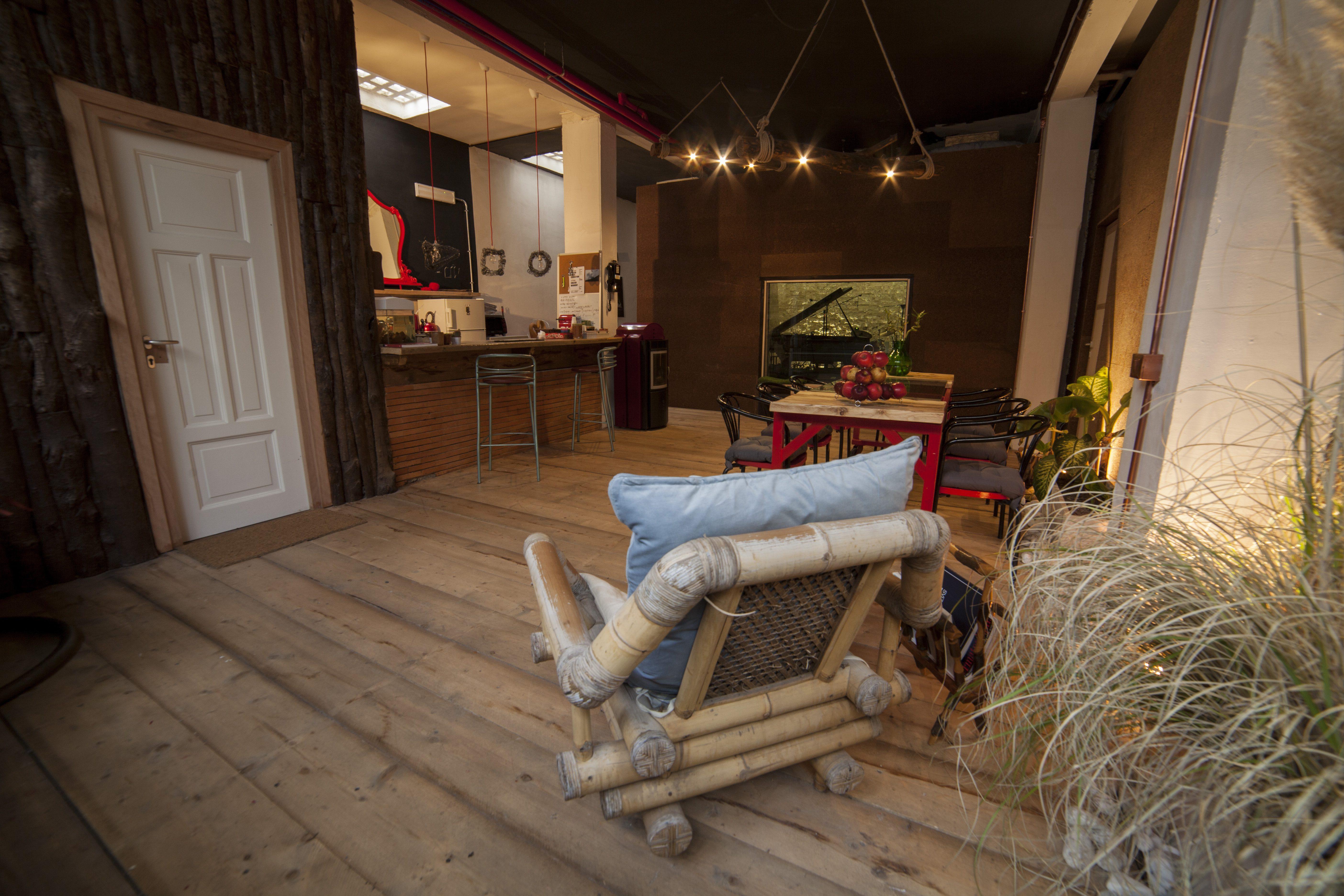 Sala Lounge Bar